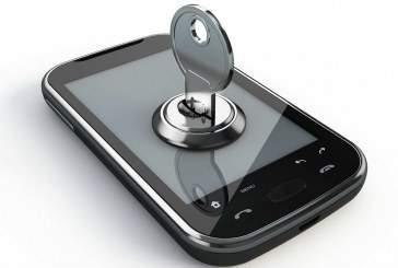Эксперты рекомендуют не заряжать смартфоны с помощью USB-кабеля
