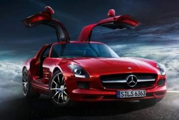 Незадолго до премьеры Mercedes E-Class производитель показал его внешность