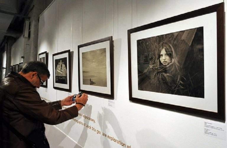 термобелье: джок стёрджес выставка в москве 2016 родители