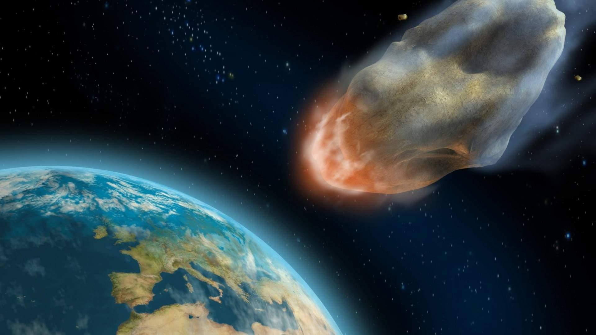 Ученые рассказали об опасном крупном астероиде, который летит к Земле