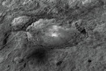 Ученые разгадали тайну яркого кратера на карликовой планете Церера. Фото, видео
