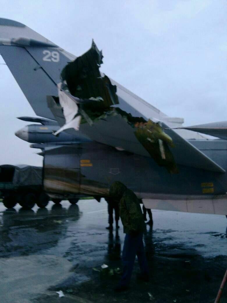 В Сети опубликованы фото поврежденных на базе Хмеймим самолетов