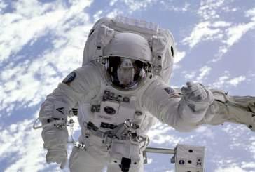 Исследователи выяснили, что длительное пребывание в космосе грозит слепотой