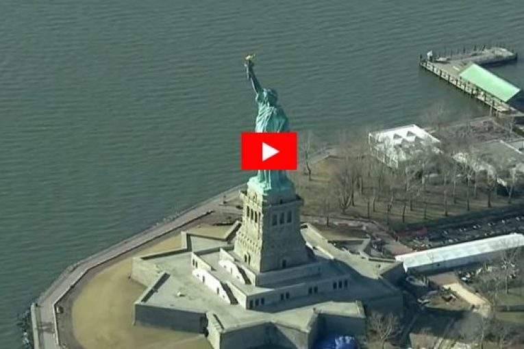 Статуя Свободы в США закрыта для туристов из-за приостановки работы правительства