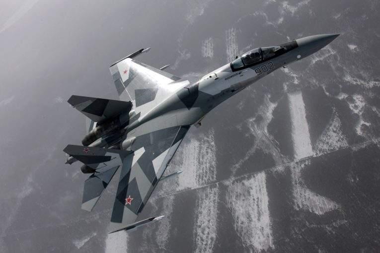 Американские специалисты: русский Су-35 скорее иманевреннее, чем F-35