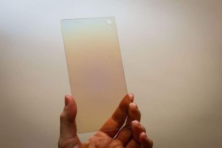 Смартфон с алмазным стеклом выпустят на рынок в 2019 году