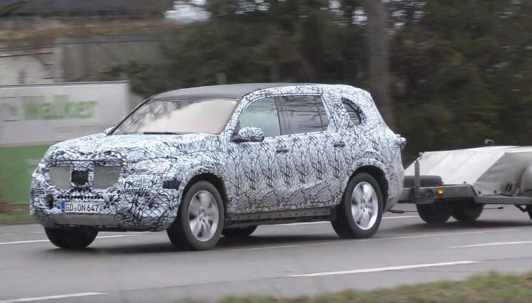 Всеть выложили очередные фотографии нового Mercedes GLS