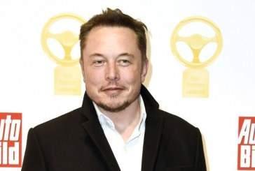 Tesla переходит на полную автономную систему управления