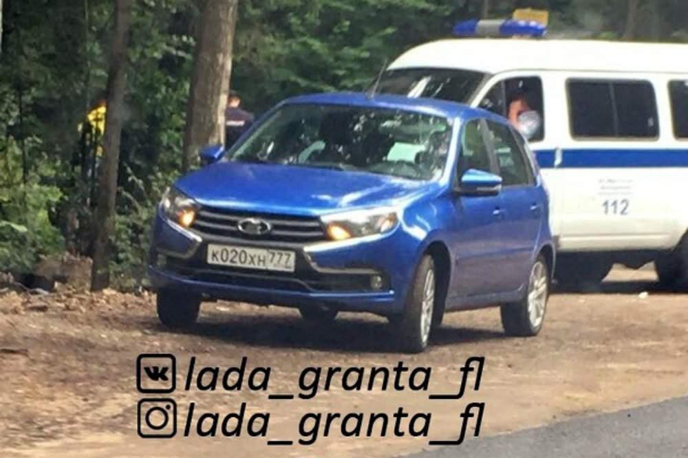 Новый хэтчбек Lada Granta впервые сфотографировали без камуфляжа