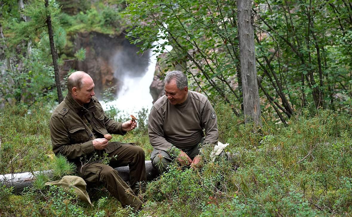 Появились первые кадры с отдыха Путина с Шойгу и Бортниковым в Туве