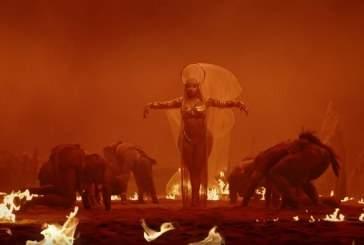 Ники Минаж снялась в новом клипе на Ganja Burn в откровенных нарядах