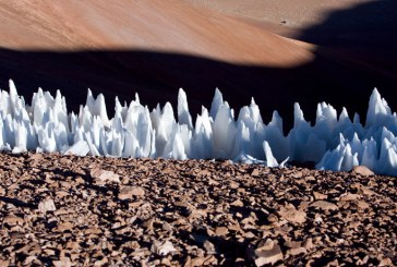 Остроконечные ледяные шпили могут занимать весь экватор спутника Юпитера Европы