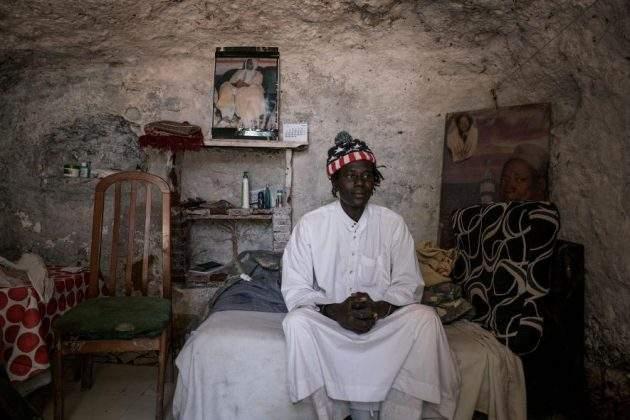 Испанский фотограф раскрыла удивительный мир пещерных жителей Андалусии