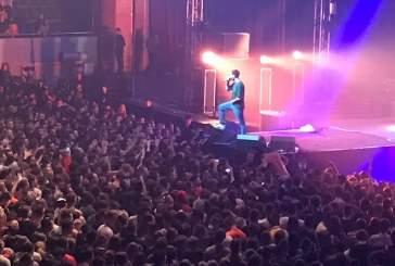 Макс Корж остановил концерт в Уфе из-за упавшей в обморок фанатки