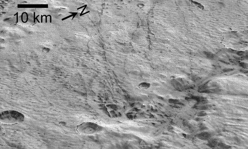 Ученые обнаружили свидетельства древнего обледенения на Плутоне