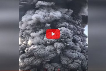 Пробуждение вулкана Эбеко на Курильских островах попало на видео