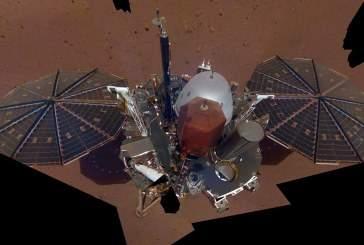 Аппарат InSight сделал первые «селфи» на Марсе