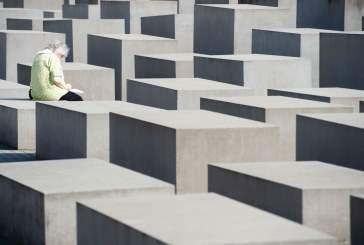 «Я боюсь, что это может повториться»: пережившие Холокост уроженцы Германии размышляют о сегодняшнем антисемитизме