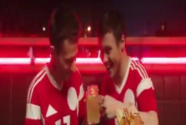 Группа Serebro спародировала футболистов Кокорина и Мамаева в новом клипе