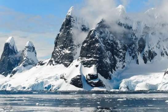 Ежегодно Антарктида теряет в шесть раз больше льда, чем 40 лет назад