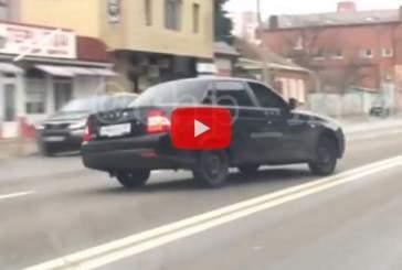 В Краснодаре полицейские задержали попавшего на видео дрифтера
