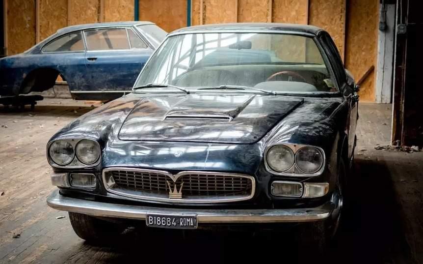 На eBay за огромные деньги продается простоявший 40 лет в гараже Maserati