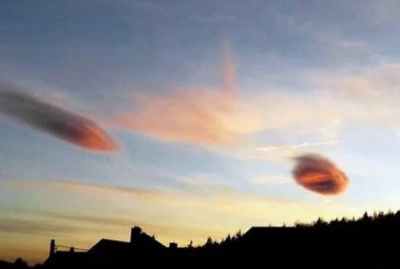 В небе над Чехией пролетели два оранжевых НЛО