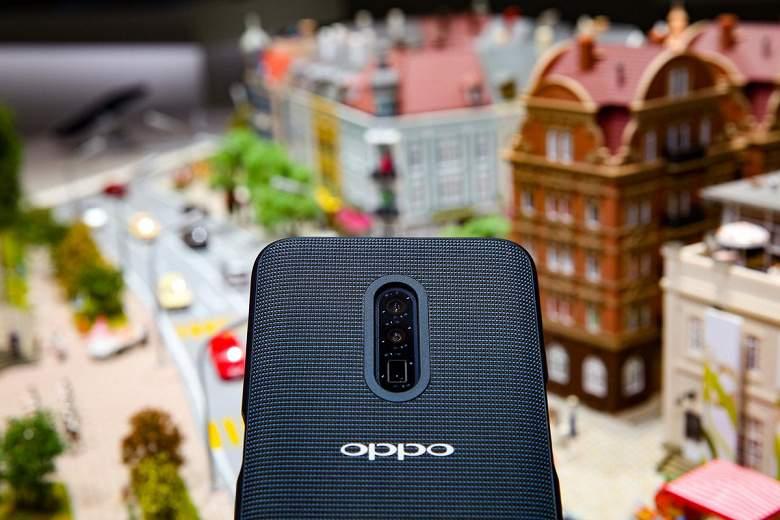 Компания Oppo показала свой 1-ый  смартфон с5G