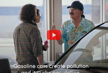 Видео: Шварценеггер разыграл покупателей электромобилей