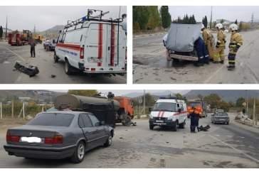 В Крыму произошло жесткое ДТП с участием КамАЗа и иномарки