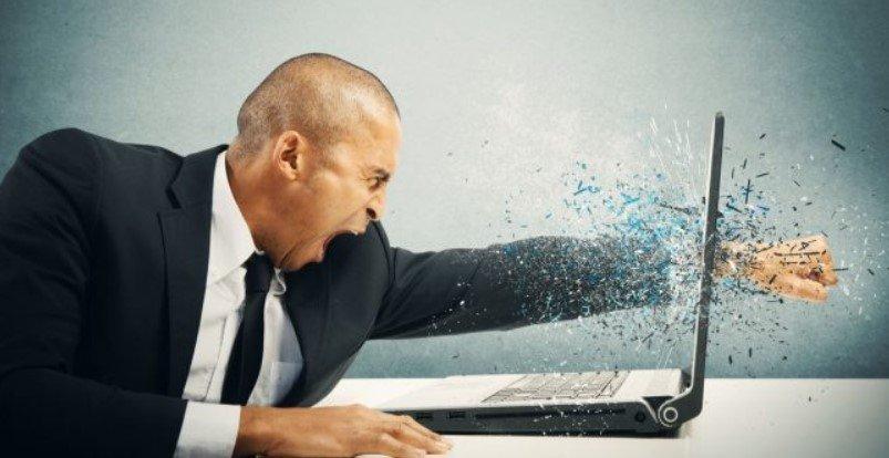 5 основных причин поломки ноутбуков