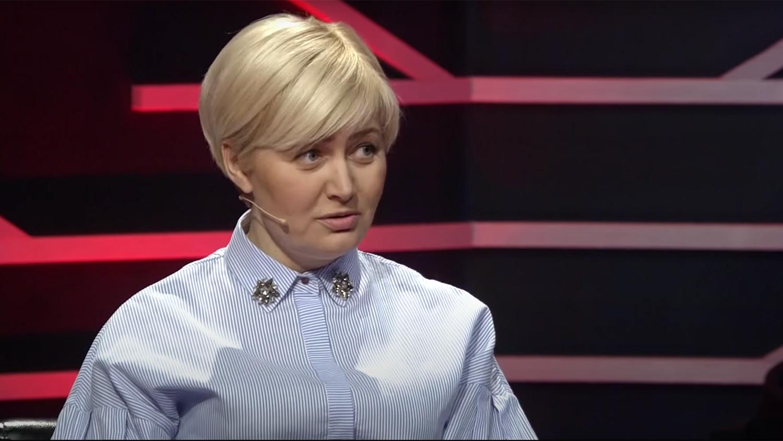 Как просто и с достоинством жительница Луганска ответила на вопрос Ларисы Ницой: «А Путин для вас кто?»