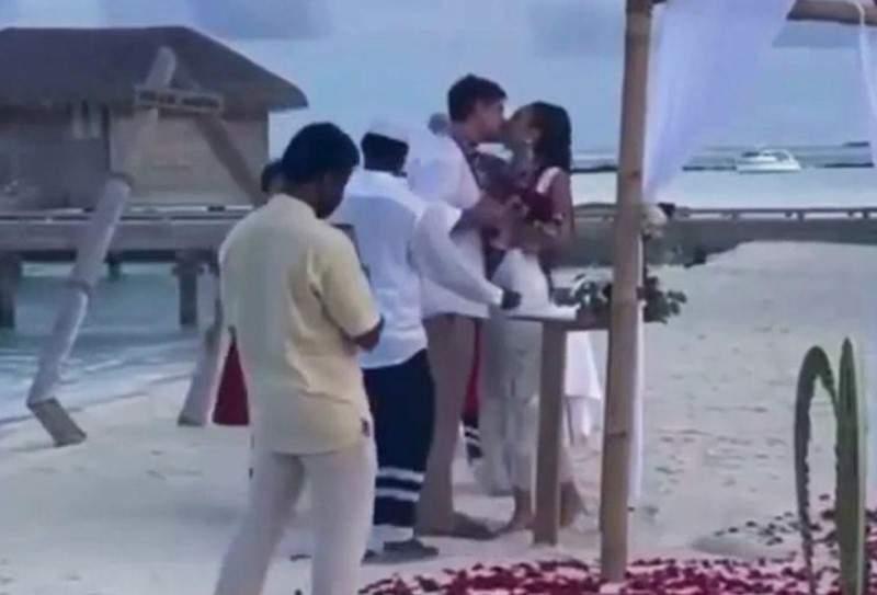 Афиша Омска: Телеведущая Ольга Бузова иновосибирец Давид Манукян сыграли свадьбу